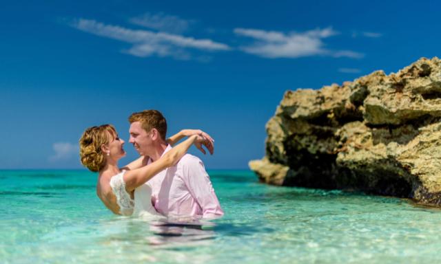 Svatba v Mexicu - romantika v moři