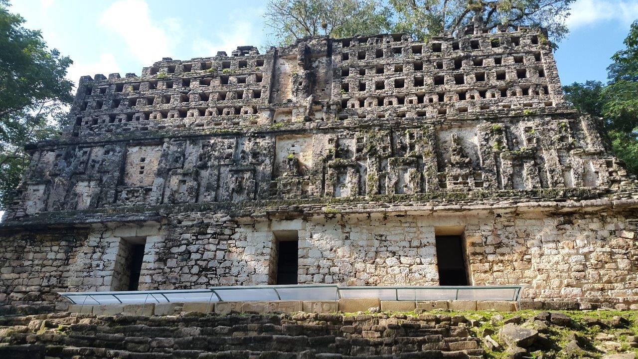 Yaxchilan - pozůstatky mayského města